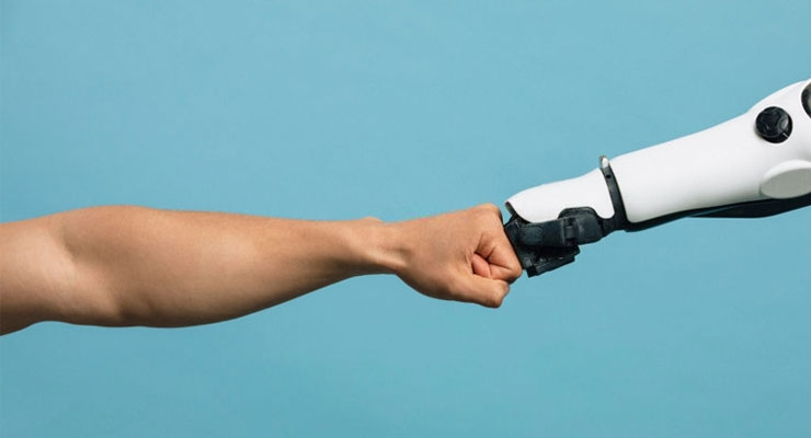 Why Robo Advisors Can not Beat A Human Advisor